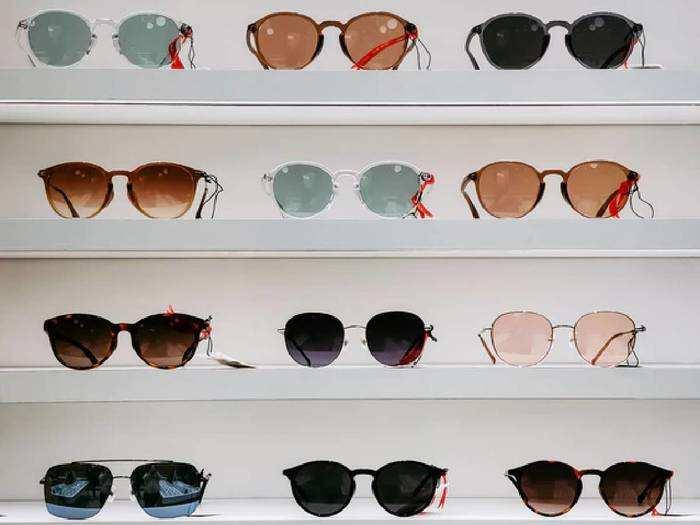 धूप से बचने और कूल लुक के लिए खरीदें ये Sunglasses, कीमत भी है कम