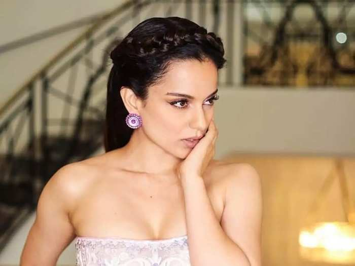 kangana ranaut trolled for glamorous outfit look at cannes in marathi