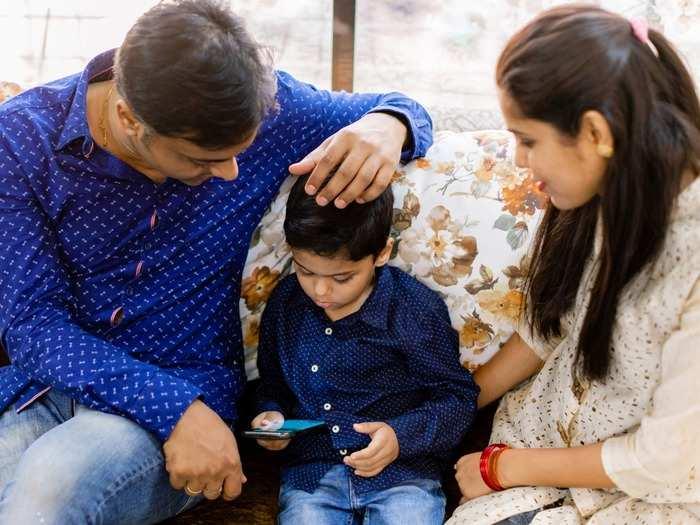 मुलांचे लक्ष केंद्रित करण्याचे कौशल्य विकसित करण्यासाठी मोफत ट्राय करा TALI अॅप!