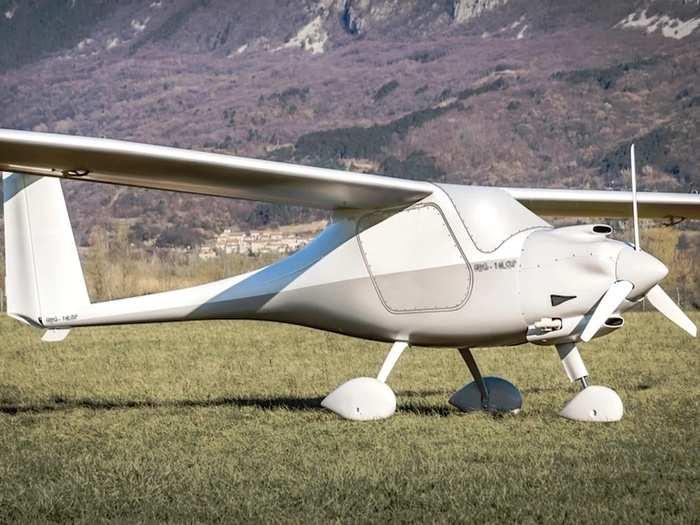 AV009 Drone 01
