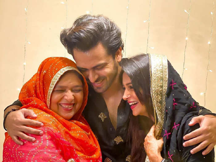 shoaib ibrahim response to who cooks better dipika or ammi will win your heart