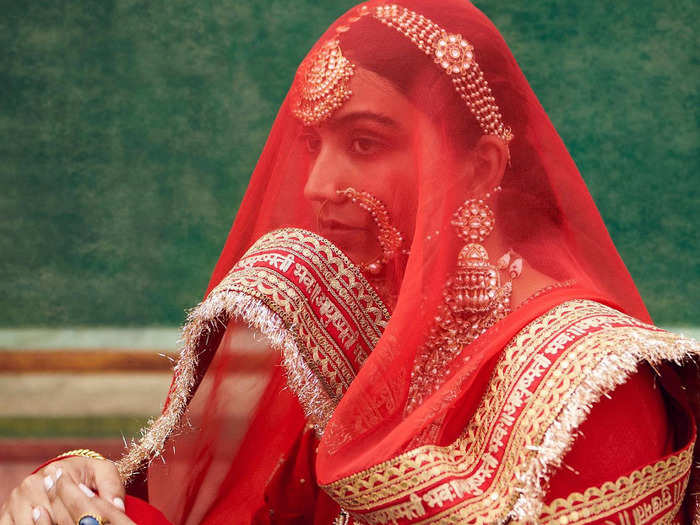 be a perfect bride like priyanka chopra bridal lehenga mistakes to avoid