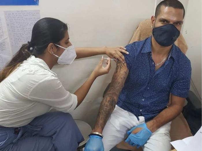 Shikhar Dhawan COVID-19 Vaccinated: शिखर धवन ने ली कोविड-19 वैक्सीन की पहली खुराक, तस्वीर शेयर करते हुए की यह अपील