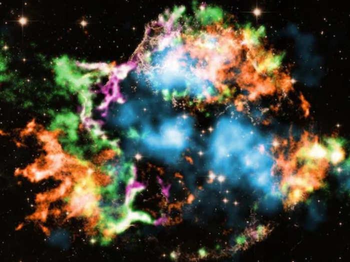 सितारे में हुआ विस्फोट