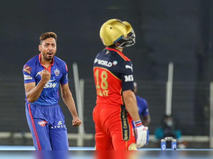 आवेश खान WTC फाइनल और इंग्लैंड सीरीज के लिए टीम इंडिया का हिस्सा, IPL में किया था एमएस धोनी और विराट कोहली को क्लीन बोल्ड