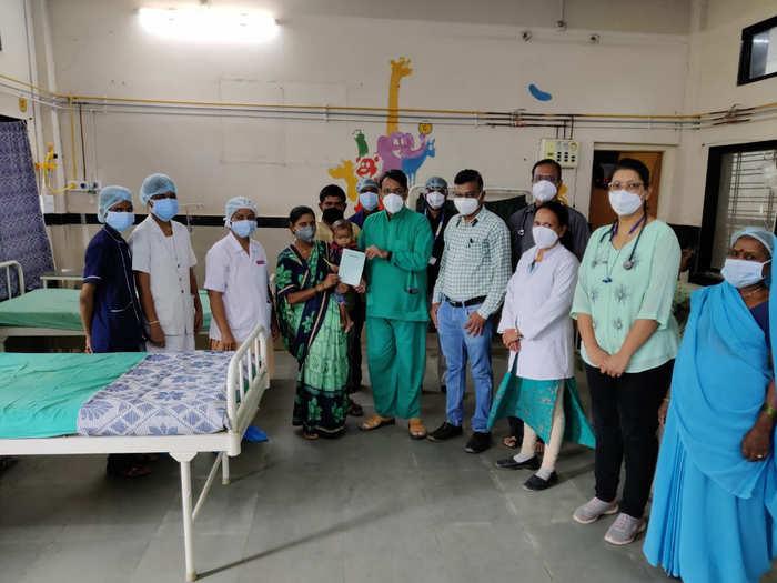 जळगाव शासकीय रुग्णालयरात एक वर्षाच्या बालकाला मिळाले जीवदान
