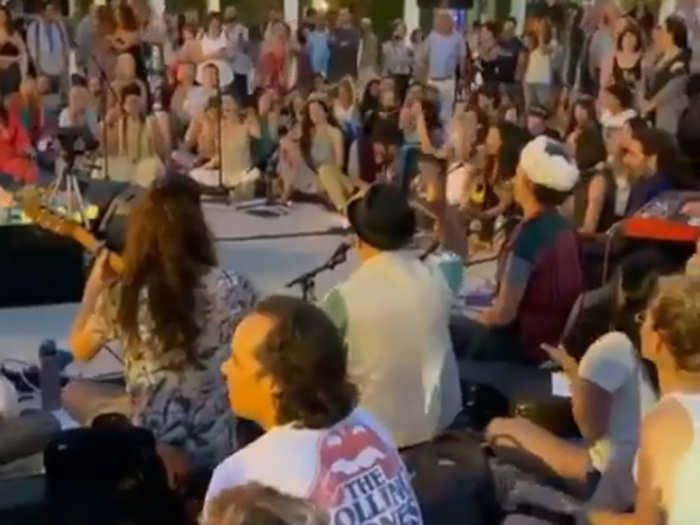 इजरायल में ओम नम: शिवाय का जाप