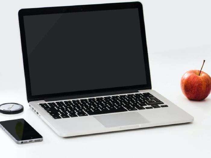 Best Selling Laptops : एंट्री लेवल से लेकर प्रीमियम कैटेगरी के लाइटवेट Laptops हैवी डिस्काउंट पर खरीदें
