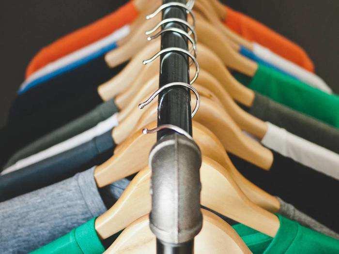 T-Shirt: दिखें स्मार्ट और रहें कंफर्टेबल, 69% के डिस्काउंट पर खरीदें ये Half T-Shirts