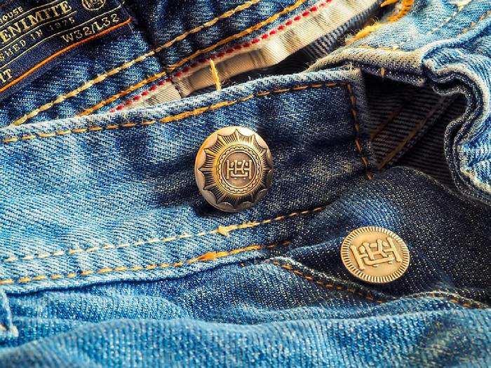 Jeans: इन स्टाइलिश Jeans पर करें 1,500 रुपए तक की भारी बचत
