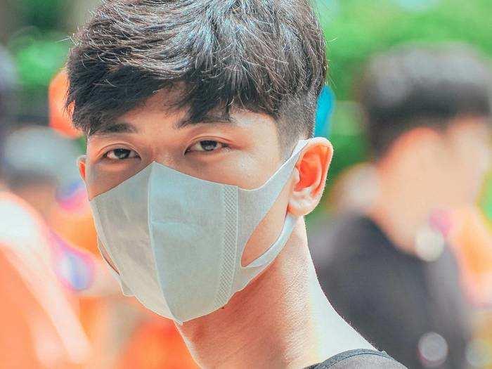 Covid Care Mask : वायरस और कीटाणुओं से बचाव के लिए खरीदें कंफर्टेबल और री-यूजेबल Mask