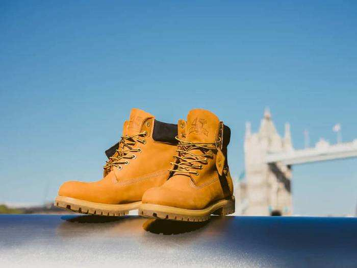 ये Boots पहनने में है बेहद स्टाइलिश और कंफर्टेबल, कम कीमत पर आज ही खरीदें