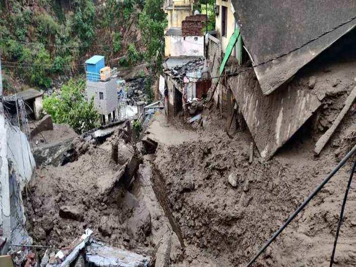 cloudburst hits devprayag of uttarakhand iti building collapsed see photos
