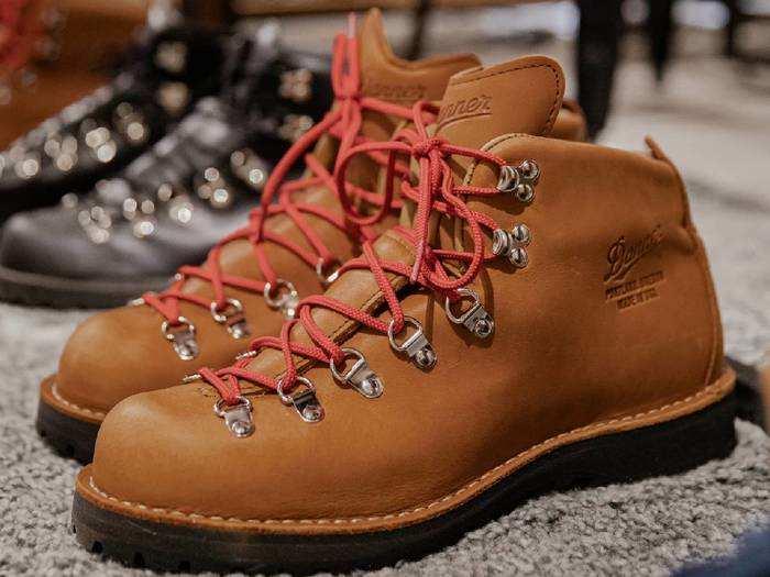 Boots: 58% के डिस्काउंट पर करें स्टाइलिश फैशन, खरीदें ये Boots