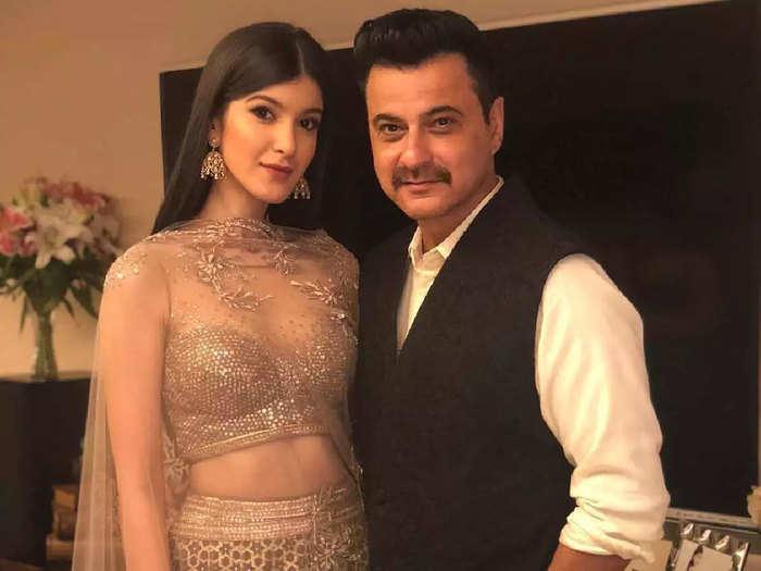 maheep kapoor reveals how sanjay kapoor will react after watching intimate scenes on shanaya