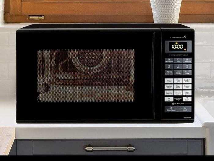 Microwave Ovens: पिज्जा केक और कुकीज जैसी डिश घर पर बेक करने के लिए ऑर्डर करें ये Microwave Oven