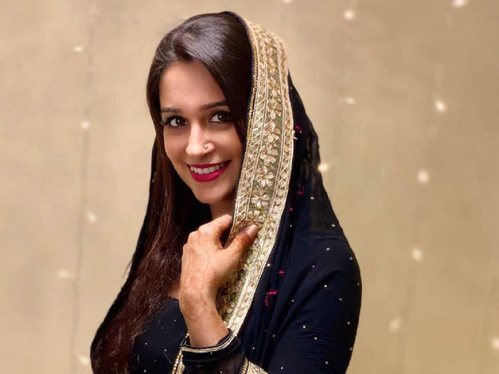 eid 2021 special dipika kakar suit looks for those who love simple style
