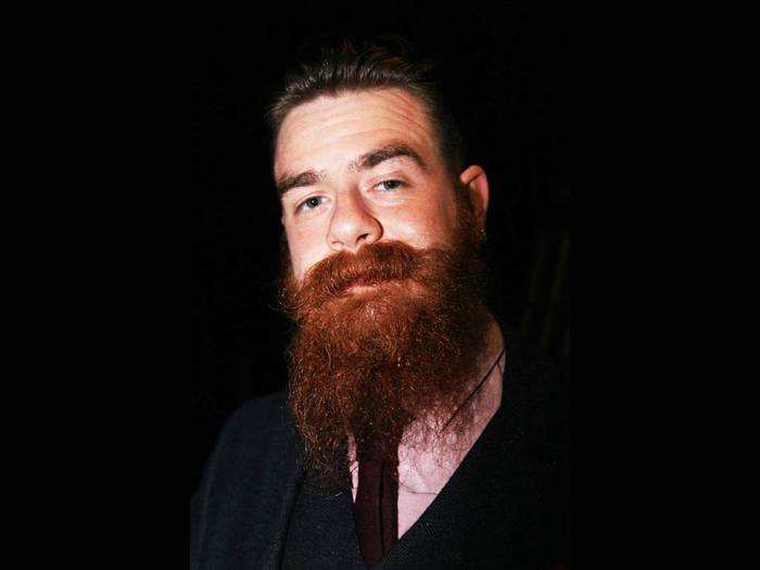 Beard oil: बियर्ड बढ़ाना होगा आसान, इस्तेमाल करें ये Beard oils