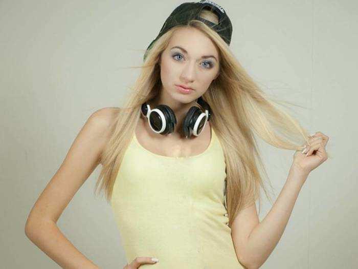 Bluetooth Headphone: लो प्राइज पर खरीदें हाई क्वालिटी के Bluetooth Headphones, मिल रही है 62% तक की छूट