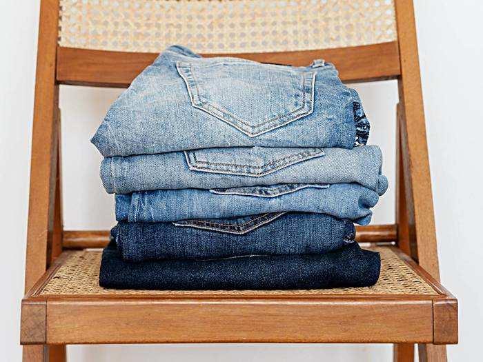 Slim Fit Jeans : अपने लुक्स को ट्रेंडी बनाने के लिए कम दाम में खरीदें ये स्टाइलिश Mens Jeans