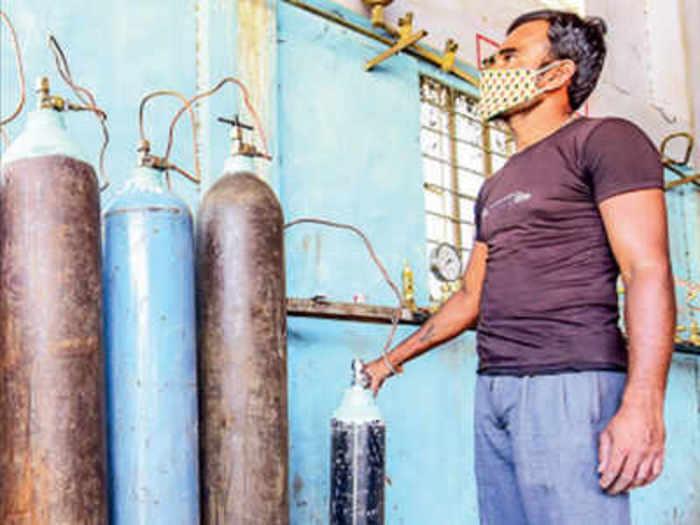 राजस्थान में ऑक्सीजन डिमांड 700 मेट्रिक टन के पार जा पहुंची, इधर आपूर्ति में आ रही है ये दिक्कतें