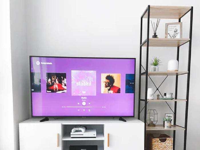 Onida से लेकर LG तक के Smart TV पर 10,000 रुपए से ऊपर तक की होगी बचत
