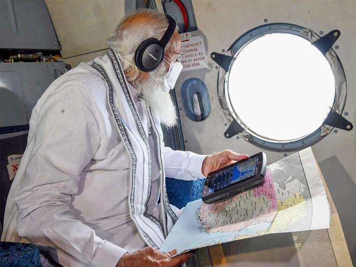 पंतप्रधान नरेंद्र मोदी यांचा हवाई पाहणी दौरा