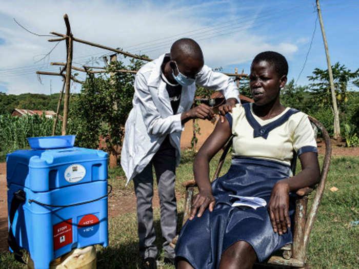 poor countries face crisis as india bans coronavirus vaccine export