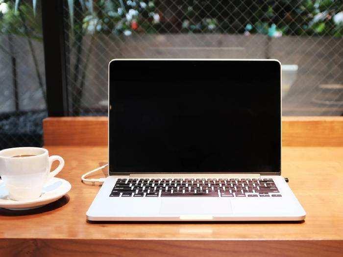 हैवी डिस्काउंट पर ऑर्डर करें हाई स्पीड और ज्यादा स्टोरेज वाले Laptops