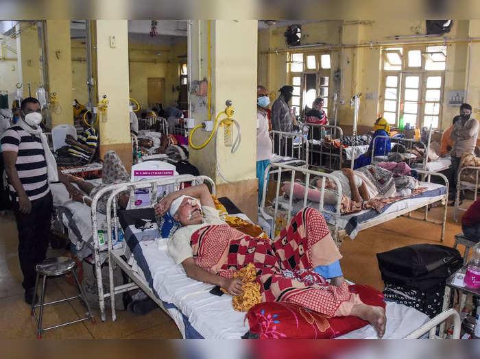 Jabalpur: Black Fungus patients receive treatment at Medical College Jabalpur. (...