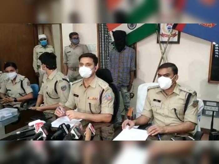 Ranchi News: झारखंड डीजीपी का फर्जी फेसबुक एकाउंट बनाकर लोगों से कर रहा था ठगी, मथुरा से हुआ गिरफ्तार