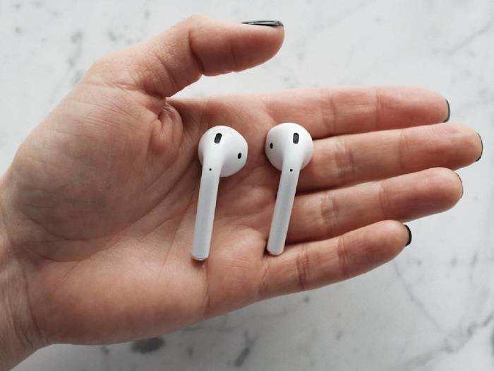 Earbuds At Mensxp : ब्रांडेड हैं पर महंगे नहीं, खरीदें ये Earbuds 70% तक के भारी बचत पर