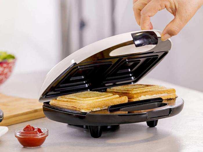 टेस्टी और ग्रिल्ड सैंडविच बनाने के लिए खरीदें ये बेस्ट Sandwich Maker