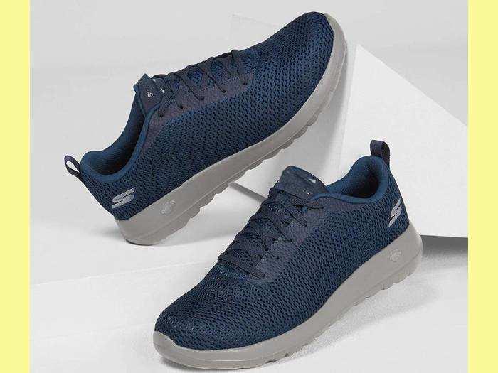 Running Shoes For Men : 55% की छूट पर खरीदें Reebok और Puma जैसे ब्रांड के Running Shoes