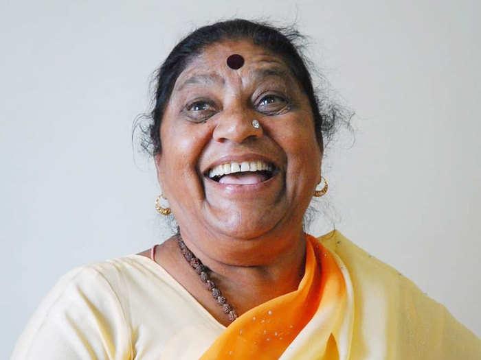 Kantabai Satarkar: ज्येष्ठ तमाशा कलावंत कांताबाई सातारकर यांचे करोनाने निधन