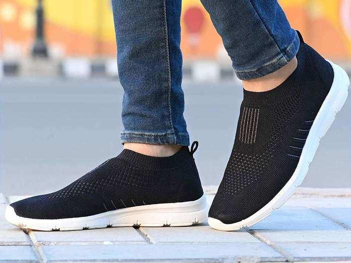 Mens Running Shoes : इन आरामदायक और अट्रैक्टिव Running Shoes की कीमत 391 रुपए से शुरू