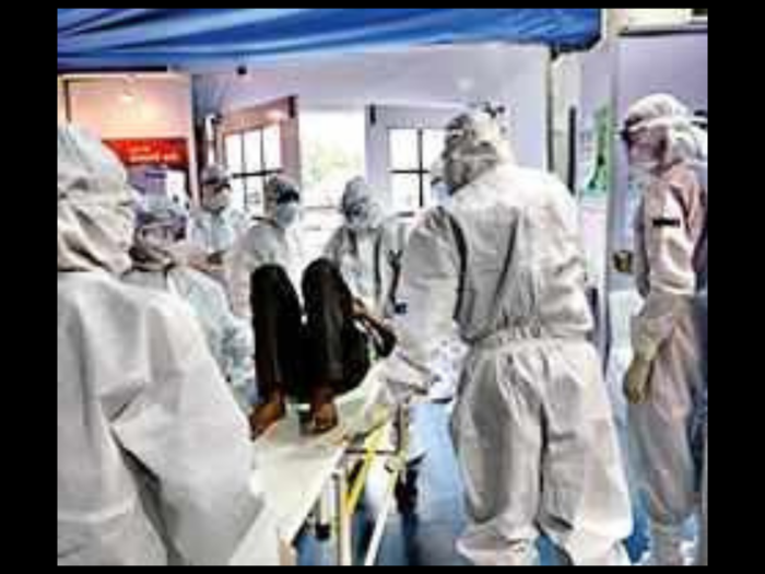 Doctors treating Covid-19 patients at DRDO hospital