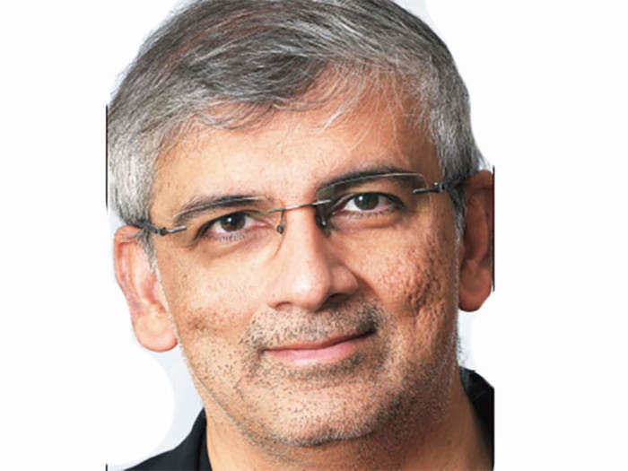 who is sanjiv kapoor who will be the new president of oberoi hotels from june 1