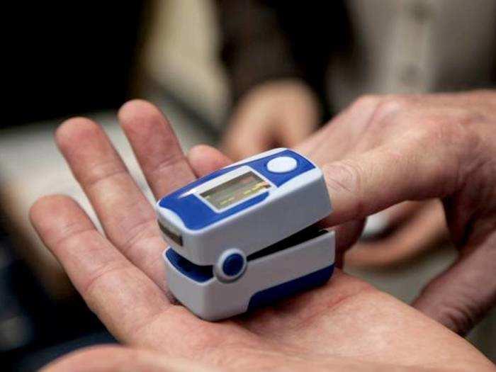 Best Selling Oximeter : अगर आपका ऑक्सीजन लेवल है कम तो हो सकता है कोरोना, जांचे इन Oximeter में