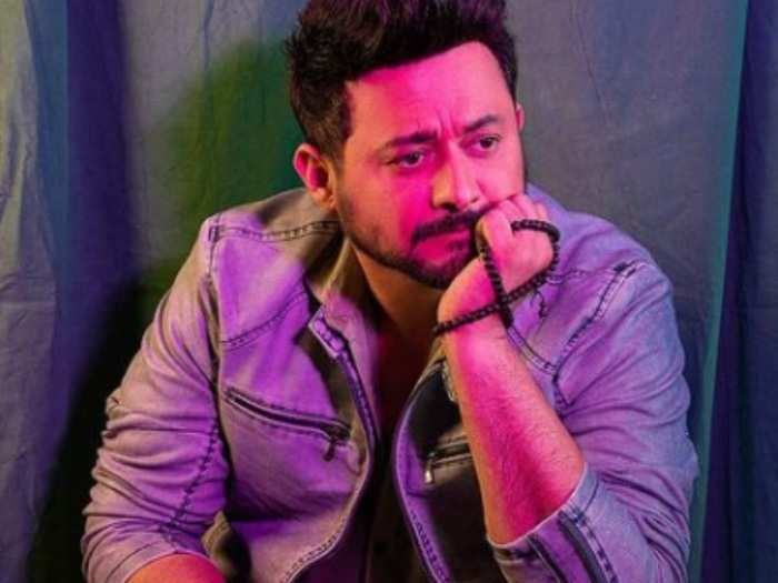 actor swapnil joshi inspirational quotes know why you should keep your love life private in marathi