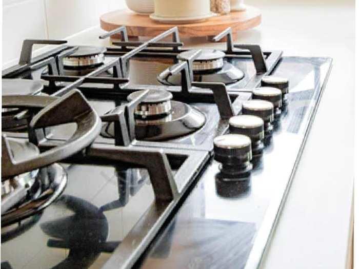 Gas Stoves : ग्लास टॉप के साथ दो और तीन बर्नर वाले स्टाइलिश Gas Stove, किचन को बनाएं मॉडर्न