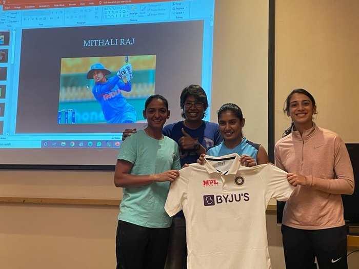 Indian women cricket team new jersey