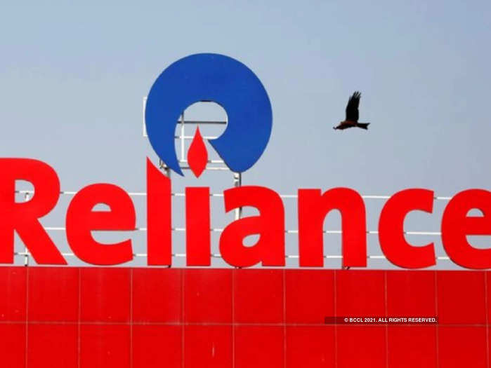 ril shares a-breach-of-rs-2232-level-may-push-reliance-to-lifetime-high