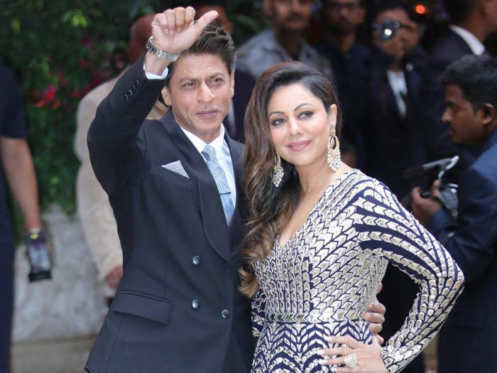 shah rukh khan reply on what he will do if wife gauri khan leaves him will give you romantic goals