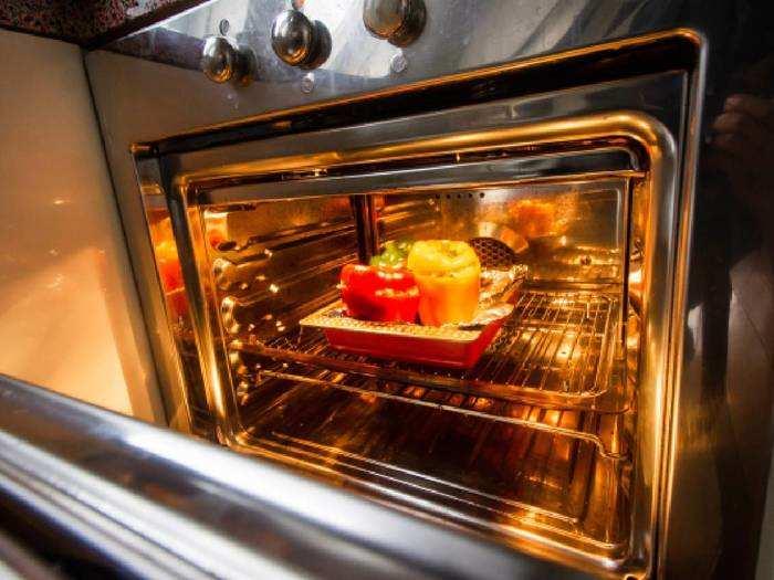 Microwave ovens : इन माइक्रोवेव ओवन की मदद से मिनटों में बनाएं टेस्टी डिश