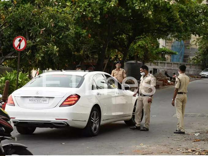 Cops Stopped Tiger And Disha