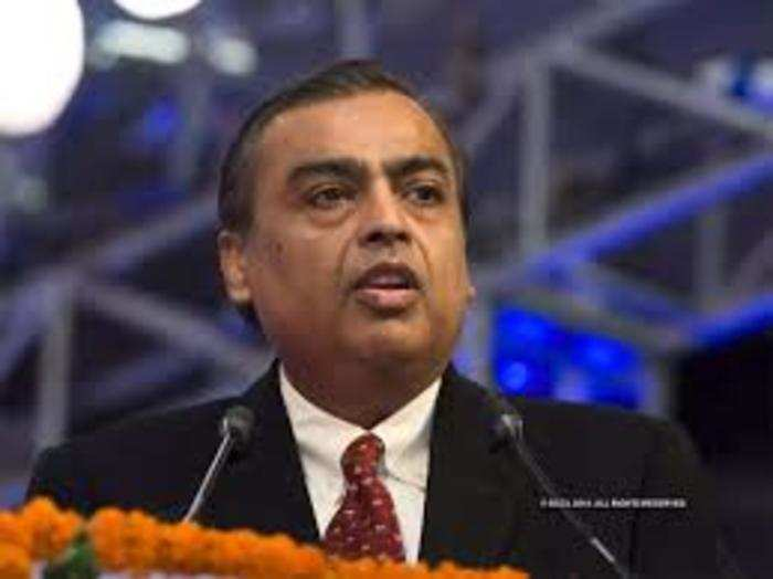 mukesh ambani up one place in billionaires list know how far he is from top 10