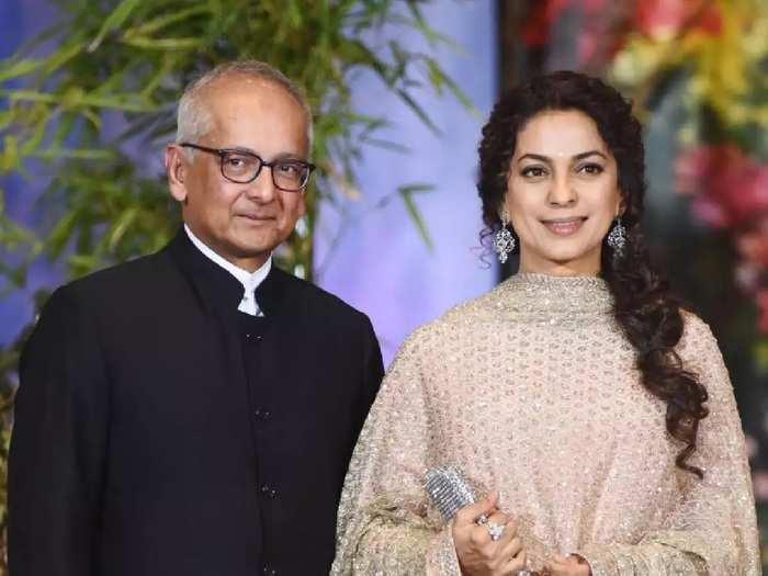 actress juhi chawla have listen to bad taunts for marrying with businessman jay mehta does age gap matter in relationship in marathi