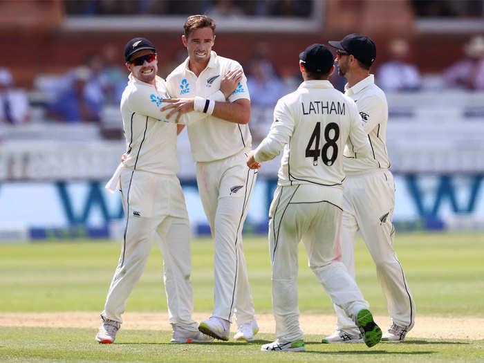 ENG vs NZ 1st Test Day 4 Highlights: रोरी बर्न्स की शतकीय पारी पर भरे पड़े टिम साउदी के छह विकेट, न्यूजीलैंड को बड़ी बढ़त