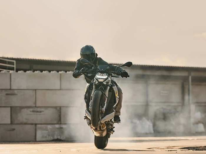 BMW S 1000 R will be launched in India soon, know what will be special in it